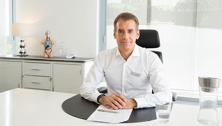 Prof. Dr. med. Thomas Kurscheid | ICE AESTHETIC®