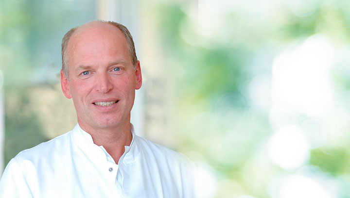 Dr. Roland Mett | ICE AESTHETIC®