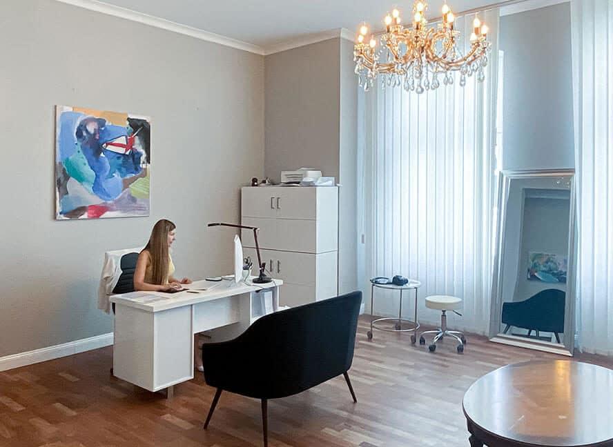 Kryolipolyse & Bodyforming - Beratung - ICE AESTHETIC® - HQ Berlin Charlottenburg