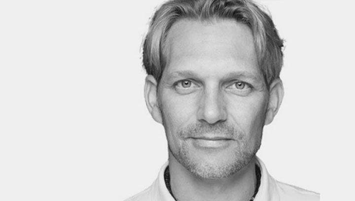 Dr. med. Fabian Petschke | ICE AESTHETIC