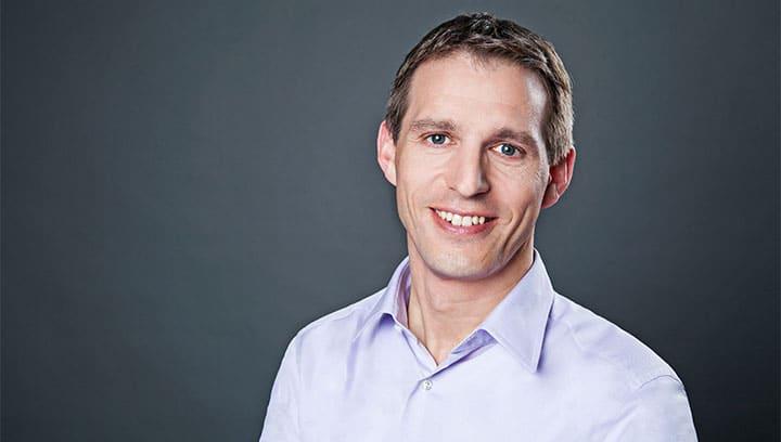 Dr. med. Oliver Phillips Facharzt für Plastische und Ästhetische Chirurgie sowie Handchirurgie | ICE AESETHETIC