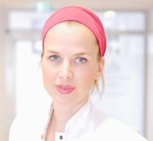 Dr. Constanze Götz | CRISTAL Fit in Kombination mit konservativen Therapien